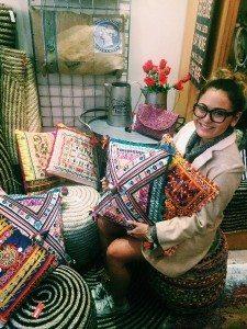 - Cushion Purchase From Bimbo-online